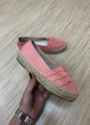 Эспадрильи нежно розового цвета