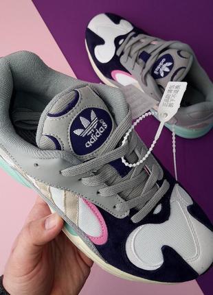 Шикарные женские кроссовки adidas yung 1 purple gray
