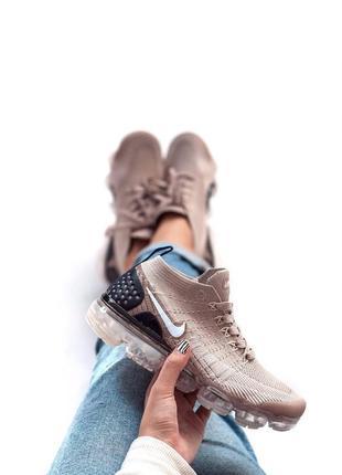 Шикарные женские кроссовки nike vapormax