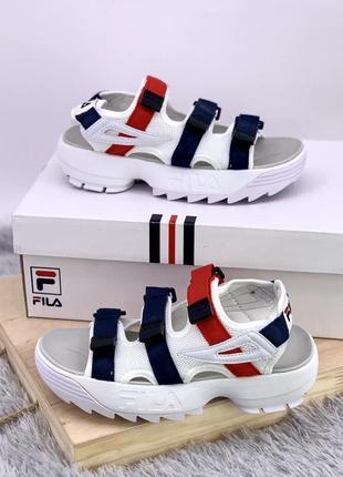Шикарные женские кроссовки fila sandals disruptor 2 white