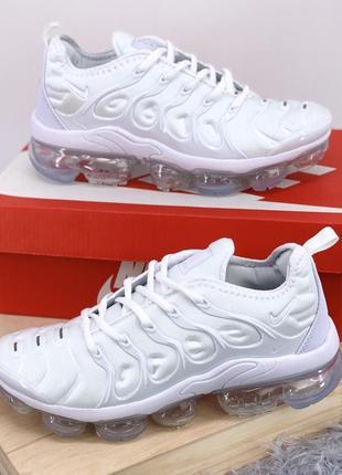 Шикарные женские кроссовки nike vapormax tn+ white