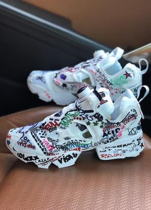 Шикарные женские кроссовки reebok x vetements insta pump