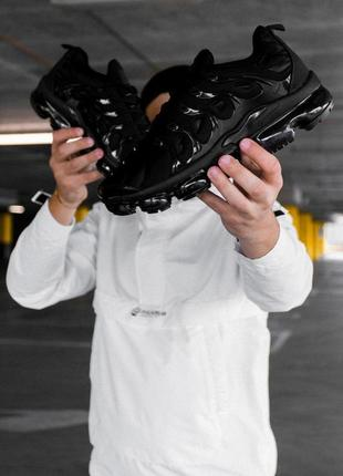 Шикарные кроссовки nike vapormax plus black чёрные