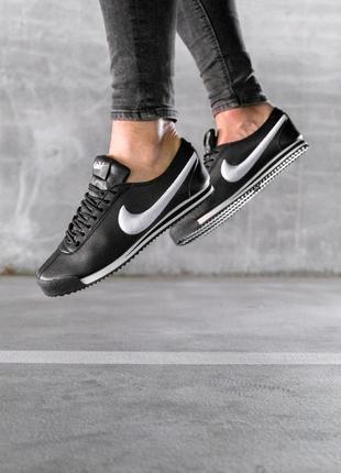 Шикарные мужские кроссовки nike cortez black white чёрные с белым