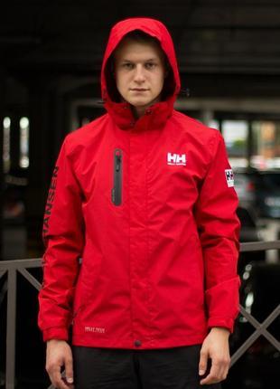 Демисезонная куртка helly hansen красная