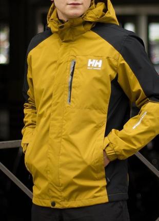 Демисезонная куртка helly hansen