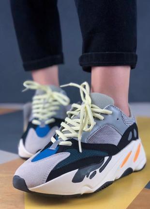 Шикарные кроссовки adidas yeezy wave runner 700