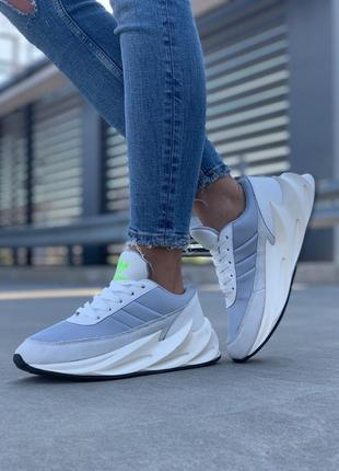 Шикарные женские кроссовки adidas sharks boost light grey
