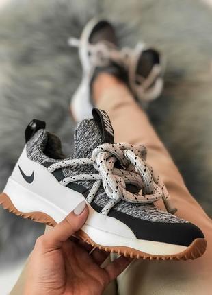 Шикарные женские кроссовки nike city loop grey серые с белым