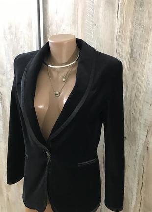 Чёрный классический вечерний велюровый бархатный пиджак жакет ...