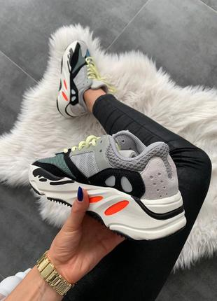 Шикарные женские кроссовки adidas yeezy boost 700 wave runner ...