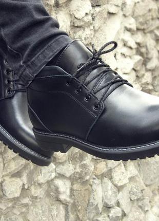 Шикарные мужские ботинки сапоги дезерты чёрные кожанные зимние...