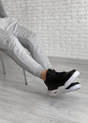 Шикарные женские кроссовки nike air jordan 4 black чёрные😃 (ве...