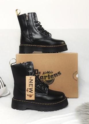 Женские ботинки мартинс чёрные с мехом зима