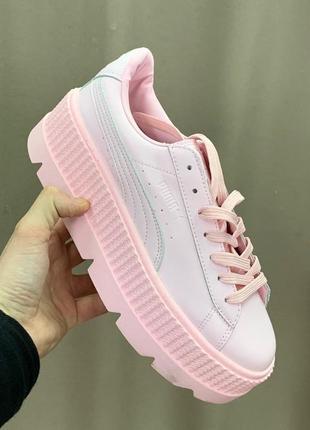 Шикарные женские кроссовки puma fenty pink