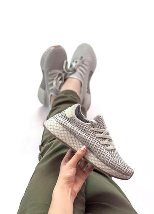 Шикарные женские кроссовки adidas deerupt