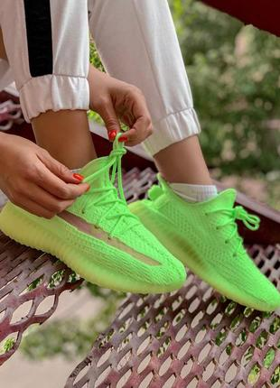 Шикарные кроссовки adidas yezzy boost 350 v2 clay glove in the...