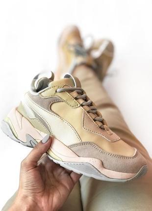 Шикарные женские кроссовки puma thunder desert
