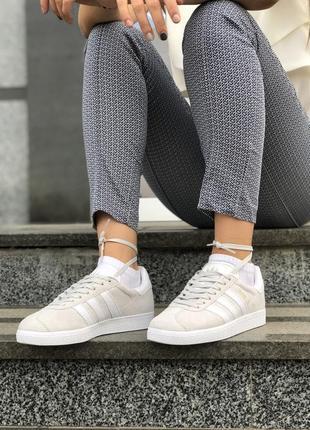 Шикарные женские кроссовки adidas gazelle