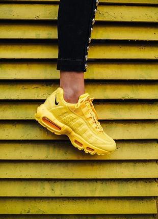 """Шикарные женские кроссовки nike air max 95 """"yellow"""""""