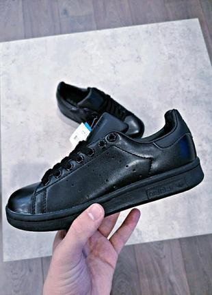Шикарные женские кроссовки adidas stan smith black