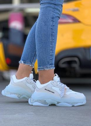 Шикарные женские кроссовки balenciaga triple s white