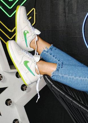 Шикарные женские кроссовки  nike air force 1 low white/green