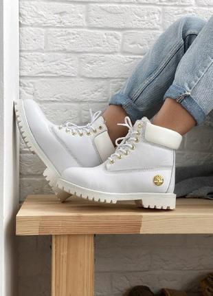 Шикарные женские зимние ботинки с натуральным мехом timberland...