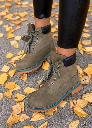 Шикарные женские зимние ботинки timberland olive  с мехом