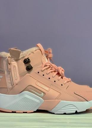Шикарные розовые женские кроссовки с мехом nike air huarache x...