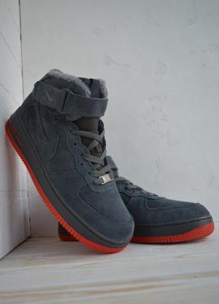 Зимові чоловічі кросівки nike