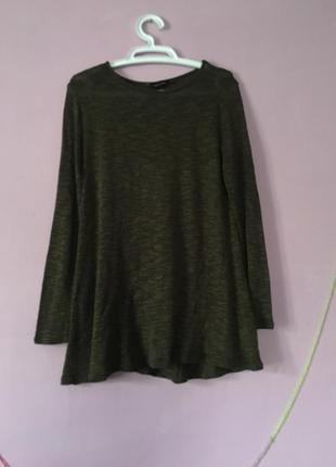 Кофта свитер свободного кроя зеленого цвета