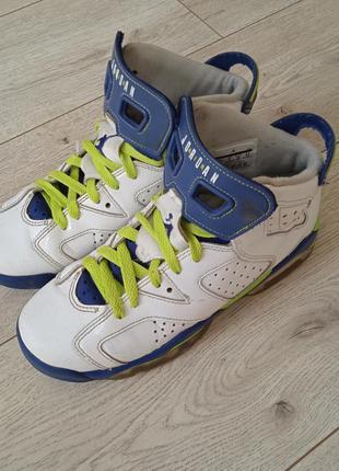 Кросівки nike jordan 38 розмір