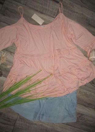 Красивенная блуза с открытыми плечами от george р.22