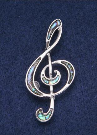 Брошь скрипичный ключ с камнем перламутр халиотис