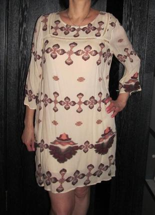 Красивенное платье  vila р.м оригинал