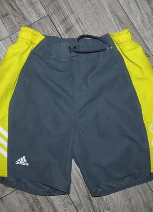 Спортивные шорты adidas рост 164см
