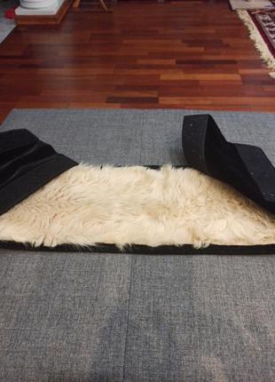 Пояс с собачьим мехом для спины