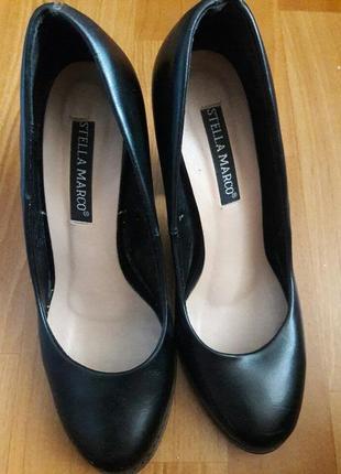 Туфлі класичні чорні stella marco