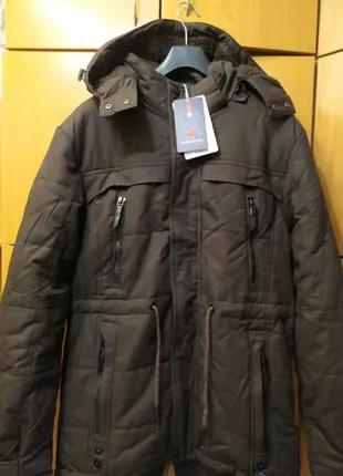 Стильная зимняя мужская куртка парка