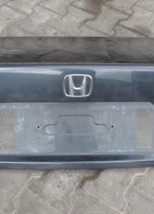 Б/у Крышка багажника Honda Accord 2003-2008