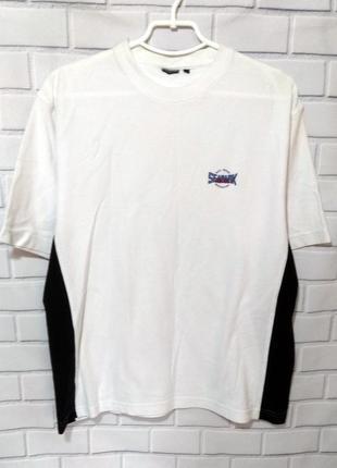 Хлопковая черно - белая футболка /арт.01