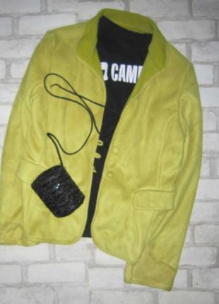 Пиджак-куртка, эко замш, трендового горчичного цвета осени 2019