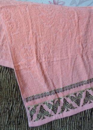 Лицевые махровые полотенца. выбор цвета. последние по старой цене