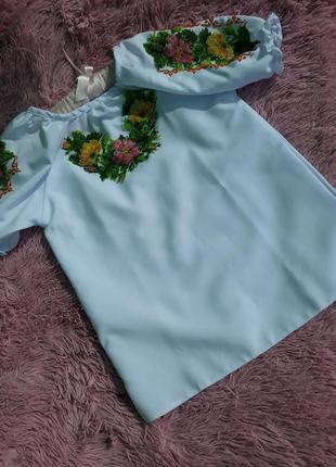 Блузка вышитая чешским бисером