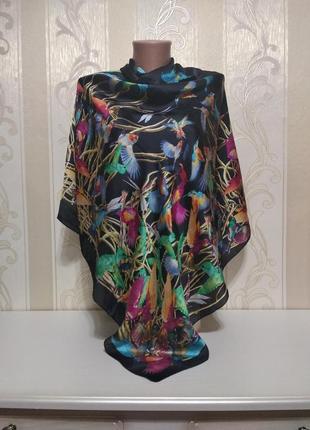 Большой платок , тропики , 132*131 см, вискоза + шелк .