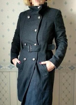 Шерстяное женское пальто от guess los angeles с поясом