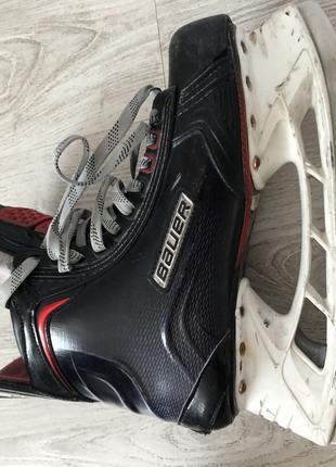Коньки хоккейные профессиональные Bauer vapor 1X топ модель 17 г.