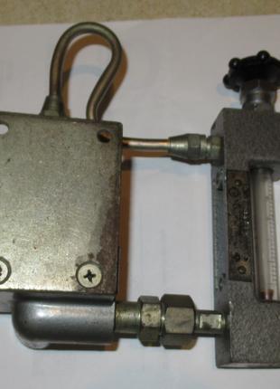 Регулятор расхода воздуха РРВ-1 с ротаметрической трубкой.