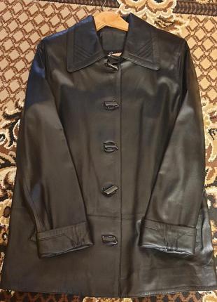Кожаный демисезонный плащь куртка пиджак